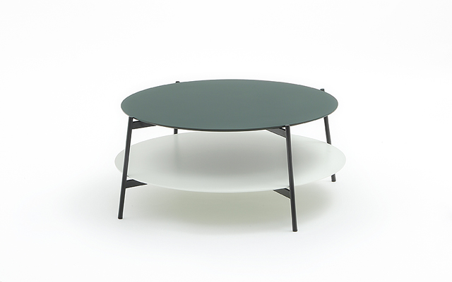 Coedition shika round coffee table for Red edition table basse
