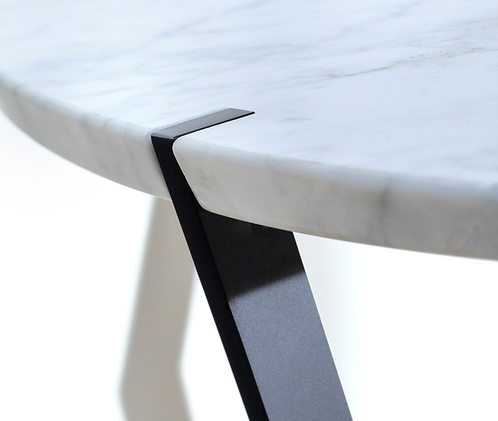 Star coffee table, bronze
