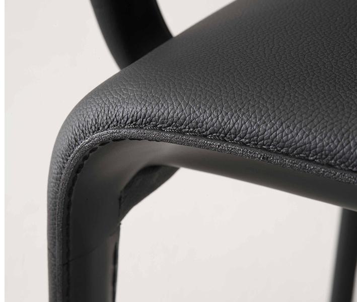 Scala Chair