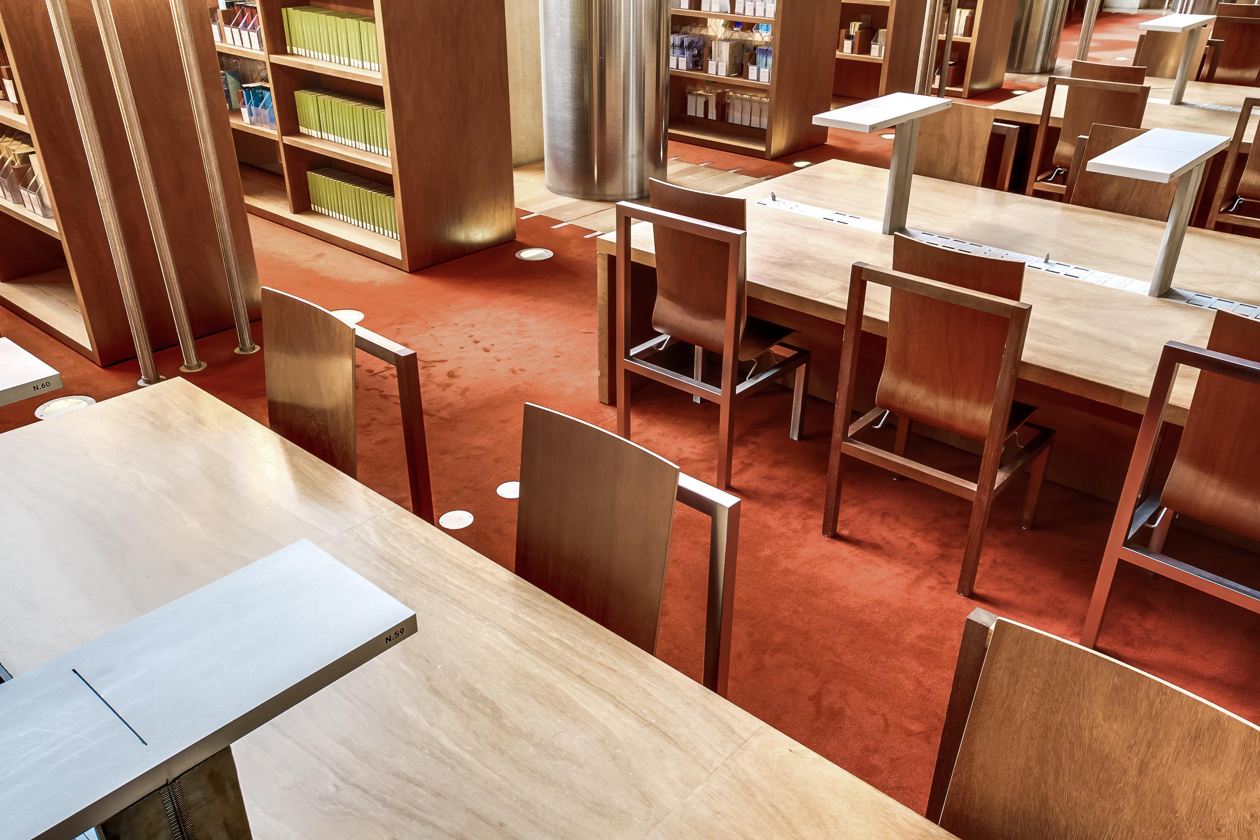 Chaise Bibliothèque Nationale de France (BNF)